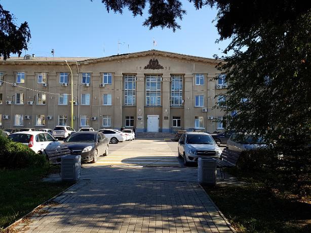 Почти двести тысяч сэкономит бюджет Волжского на освещении квартала
