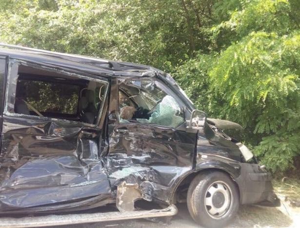 Кортеж Госохраны Украины устроил аварию с автобусами с детьми