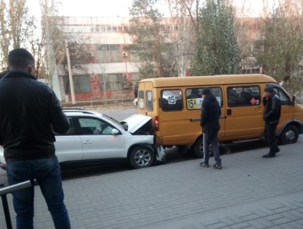 Три человека попали в больницу после ДТП за сутки в Волжском