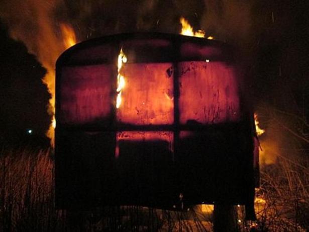 В Суходоле сгорел вагончик с вещами