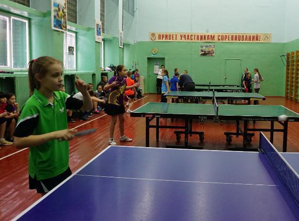 В Волжском начались отборочные туры по теннисному спорту