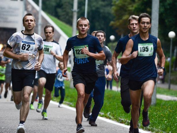 Волжан приглашают принять участие во Всероссийском Дне бега