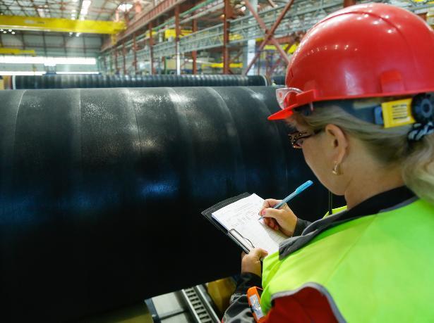 Заводы Волжского стали лидерами по объемам производства