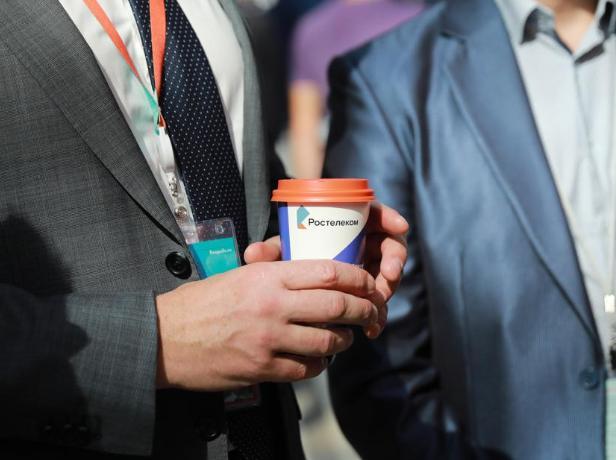 Биометрия в повседневной жизни: участники Finopolis купили «по лицу» более 60 литров кофе