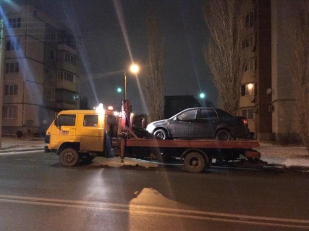 В Волжском началась эвакуация машин нерадивых водителей