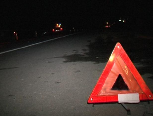 Два водителя попали в больницу в результате ночного ДТП