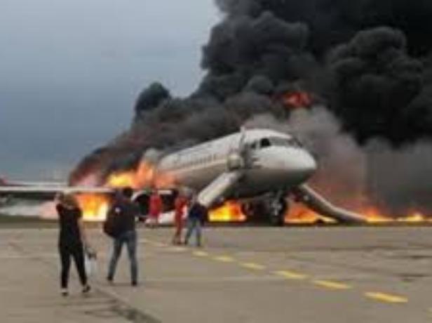 «Страшную авиакатастрофу можно было предотвратить», - волжанка-пассажир Superjet