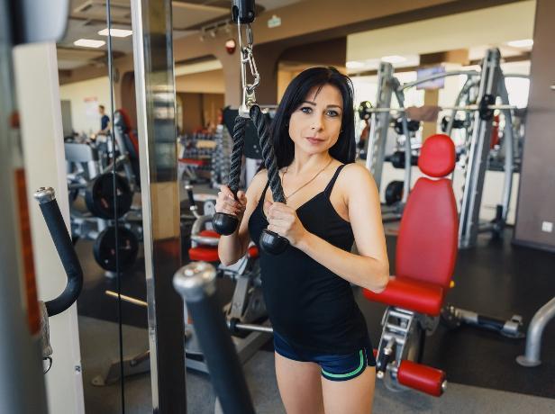 «Никогда не занималась физкультурой», - участница конкурса «Мисс Блокнот Волжский» Ирина Бирюкова