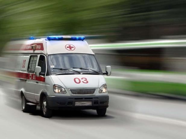 В Волжском в аварии пострадала молодая девушка