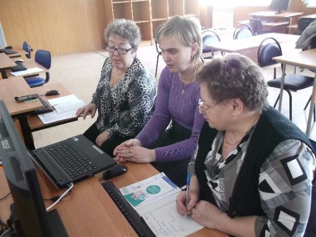 Армию пожилых блогеров и юзеров подготовили в Волжском