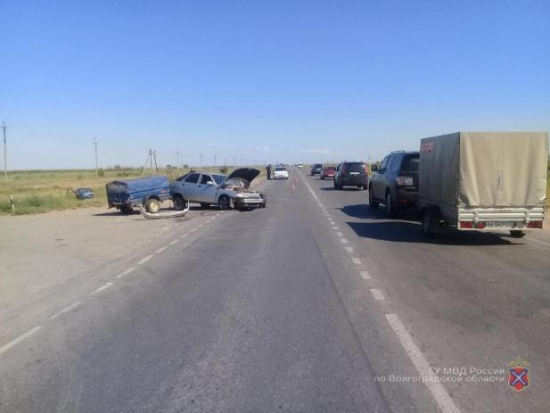 Автомобилист покалечил пассажирку в ДТП в Среднеахтубинском районе