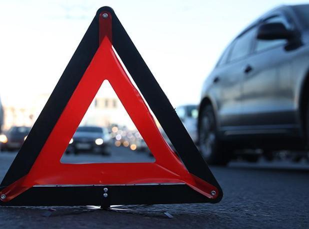 Водитель ВАЗа пострадал в ДТП в Волжском