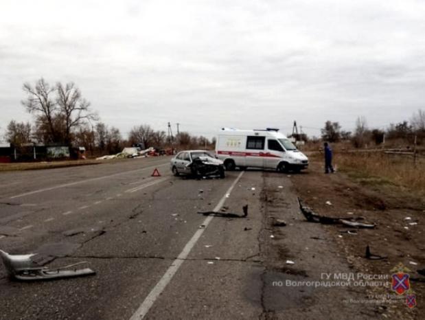 Новорожденная малышка и еще пять детей пострадали в ДТП в Волжском