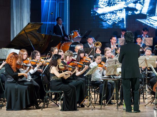 Выходные в Волжском: премьера в театре, танцевальный конкурс и симфонический оркестр