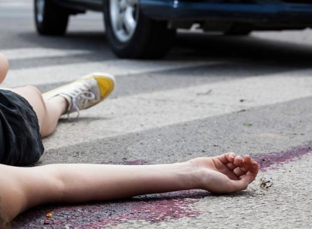 В Волжском мадам сбила подростка и умчалась «по своим делам»