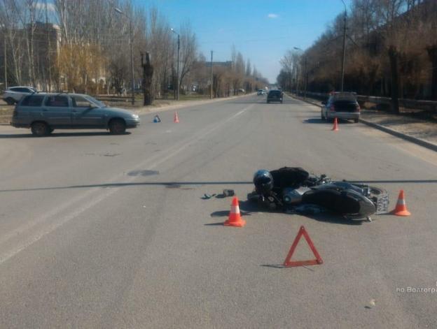 В Волжском открылся «сезон охоты на мотоциклистов»