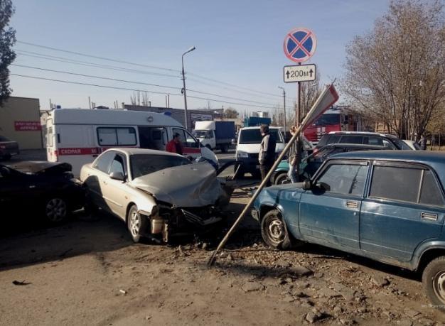 Стали известны подробности аварии с пятью машинами