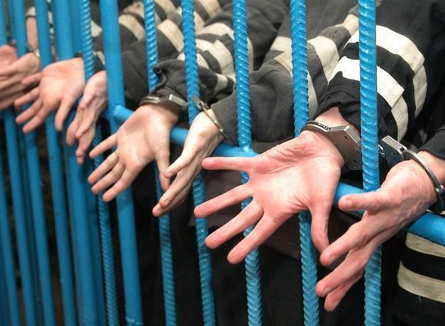 Семейный подряд наркосбытчиков проведет остаток жизни в тюрьме