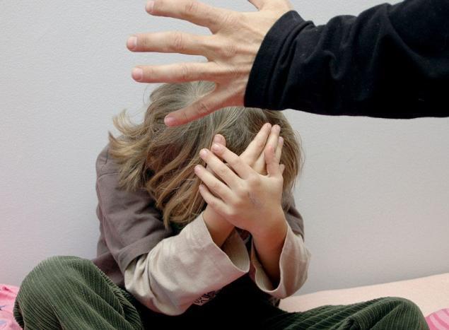Волгоградец получил 6 лет за издевательства над дочерью