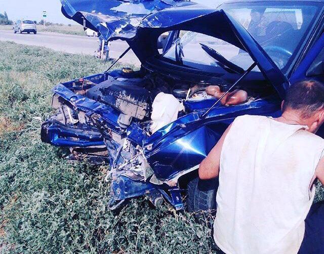 В ДТП с участием автоледи в Волжском пострадал 19-летний юноша