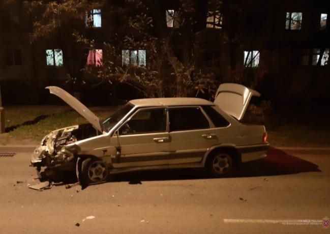 Пьяный водитель вылетел на встречку в Волжском