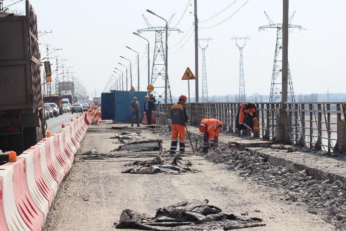Двенадцать миллионов выделено на контроль за ремонтом дорог