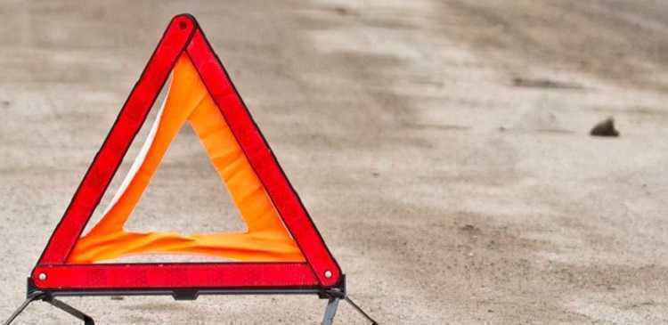 23-летний водитель на Audi в Волжском сбил двух пешеходов