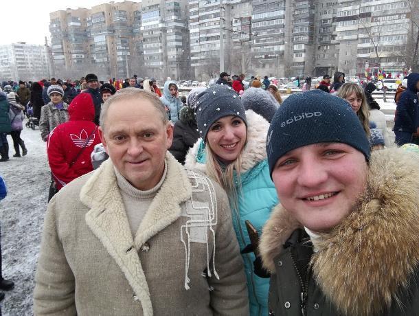 Волжанин похвастался селфи с Игорем Ворониным на Масленицу