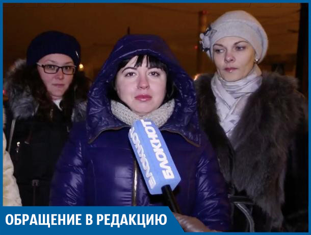 После публикации в «Блокноте Волжский» нам повесили фонарь над переходом, - Оксана Зотина