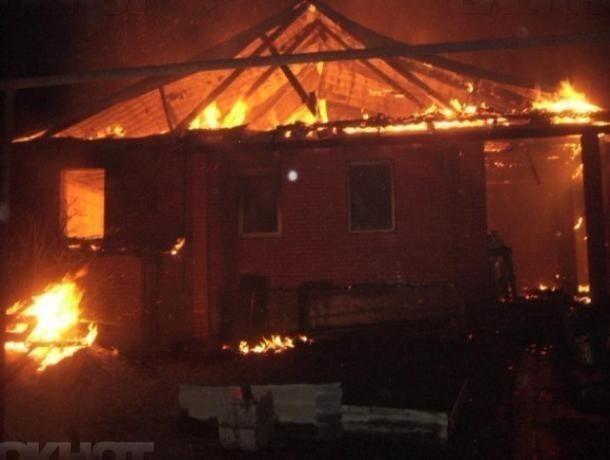 В Краснослободске изнутри сгорел частный дом