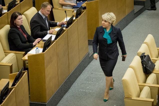 Депутат Госдумы Ирина Гусева привлекла 528 млн на ремонт дороги через Волжскую ГЭС