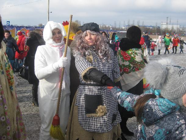Волжане встретили Старый Новый год у открывшегося парка «Новый город»