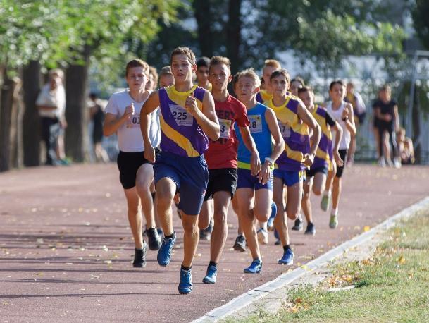 Два юных волжанина взяли почетный «Кубок Елены Исинбаевой»