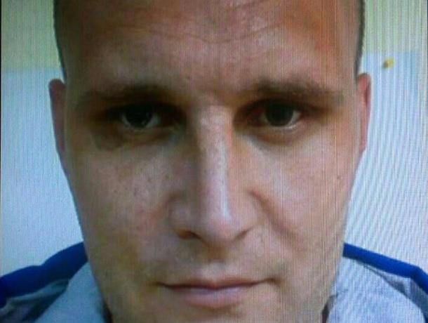Опознать Александра Масленникова, подозреваемого в убийстве волжанок, можно по родимому пятну