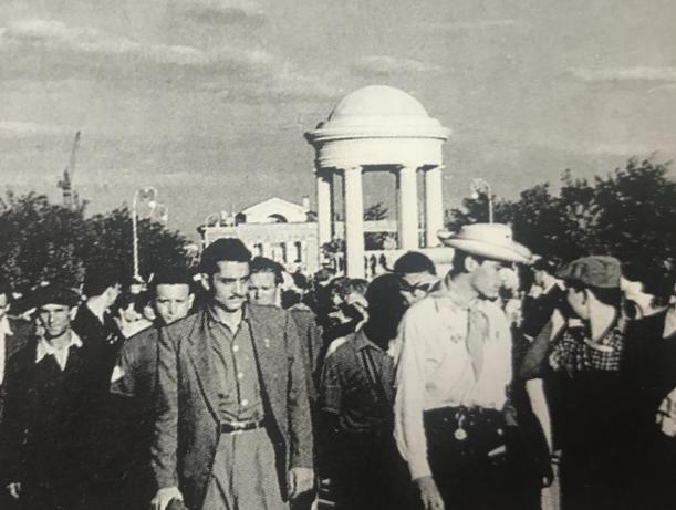 Иностранных гостей поразил Волжский 61 год назад