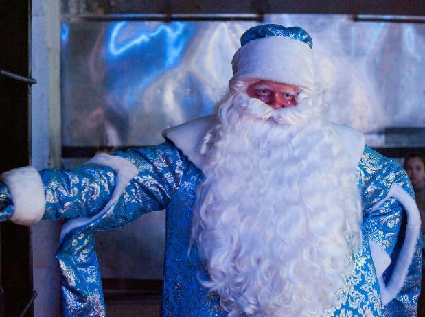 Главного Деда Мороза Волжского поздравляют с Днем Рождения