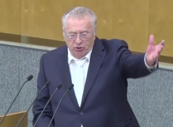 Жириновский вспомнил массовый переход депутатов ЛДПР в ЕР в Волжском