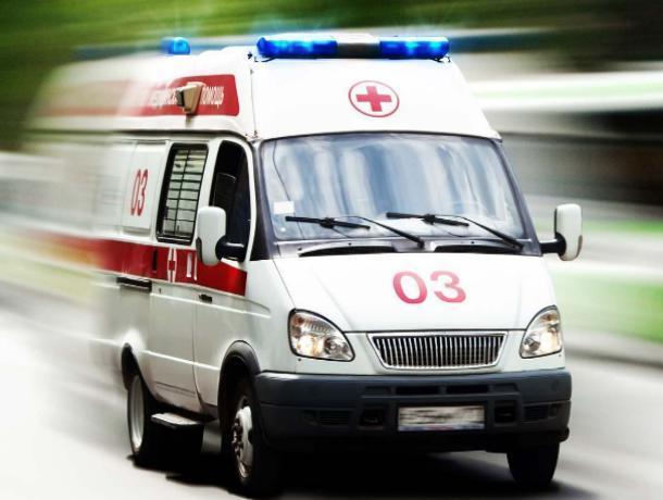 На «Танцующем» мосту 42-летняя автоледи врезалась в отбойник