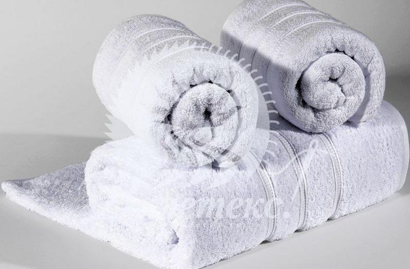 Махровые полотенца из натуральных волокон, их особенности и преимущества