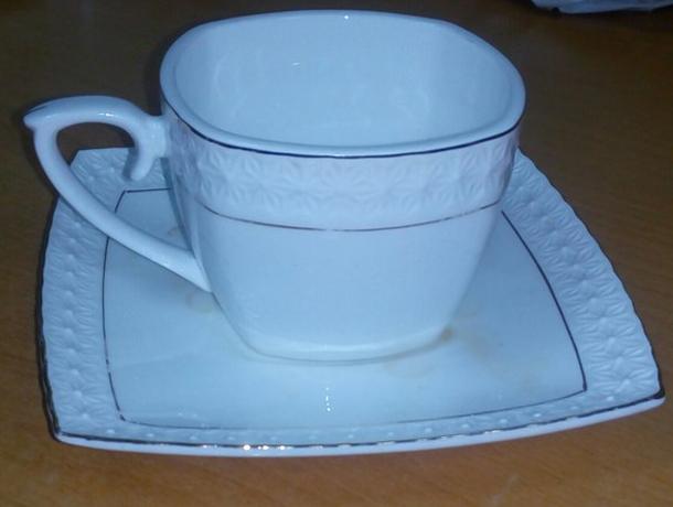 Больше ста тысяч выделили волжским депутатам на посуду для чаепитий